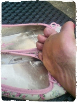 sweaty soles, my feet, smelly feet, gardening feet, floral flats, dirty feet, dirty toes, toe jam,pink sweaty toes, after wearing ballet flats,