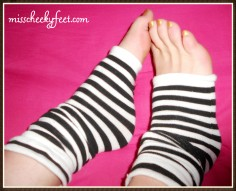 toeless socks gold polish